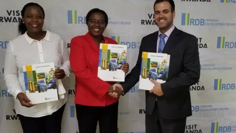 RDB's CEO Clare Akamanzi (L) Geraldine Mukeshimana (C) and Elad Levi Netafim's Head of Africa (R) pose for a photo after the signing ceremony last Saturday
